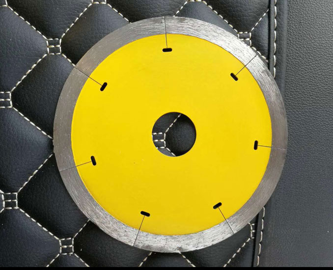 Slotted Type Diamond Porcelain Tile Cutting Disc